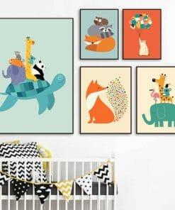 Ensemble de dessin d'animaux dans chambre d'enfant
