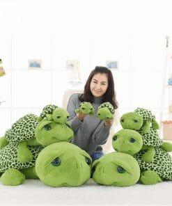 Franky, la peluche en forme de tortue verte